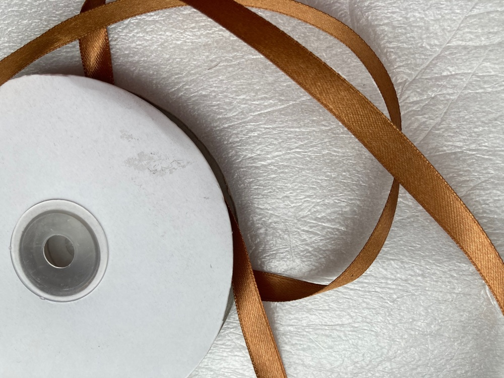 FULL ROLL Double Faced Satin 10mm / 40 -50 metre roll - Bronze/Brown