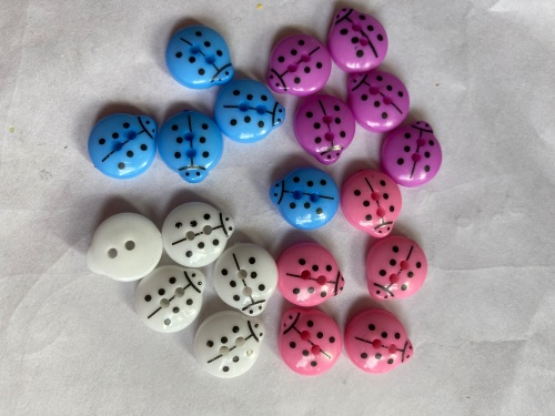 Mixed Ladybug Button 14mm (Pack of 20) As shown AM02