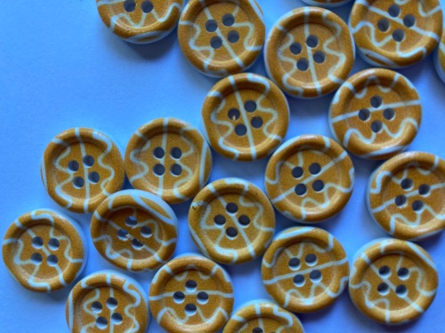 Yellow and White Wooden Buttons 15mm (Pack of 8) WD01