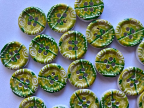 Green and Lime Wooden Buttons 15mm (Pack of 8) WD09