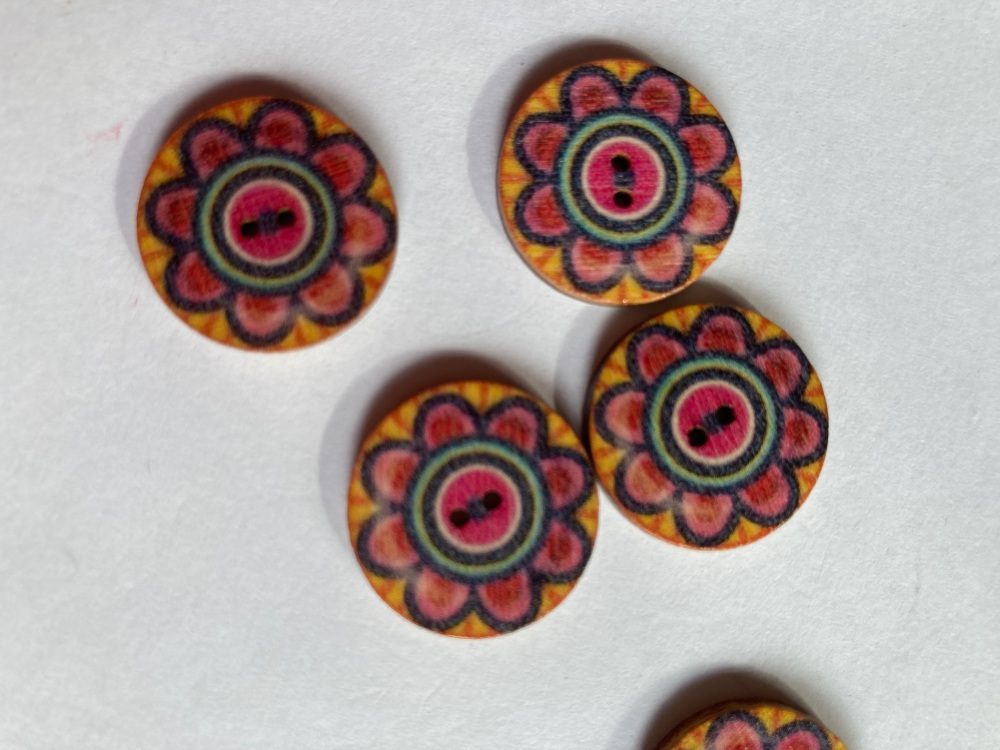 Wooden Buttons 15mm (Pack of 8) WD21