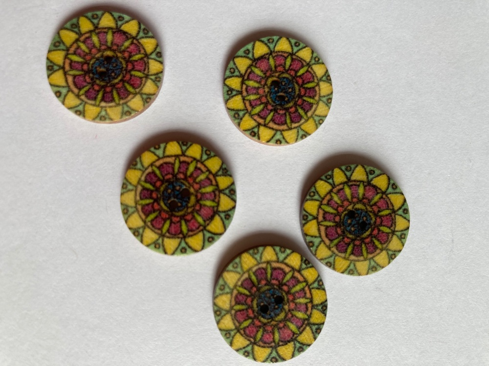 Wooden Buttons 15mm (Pack of 8) WD23