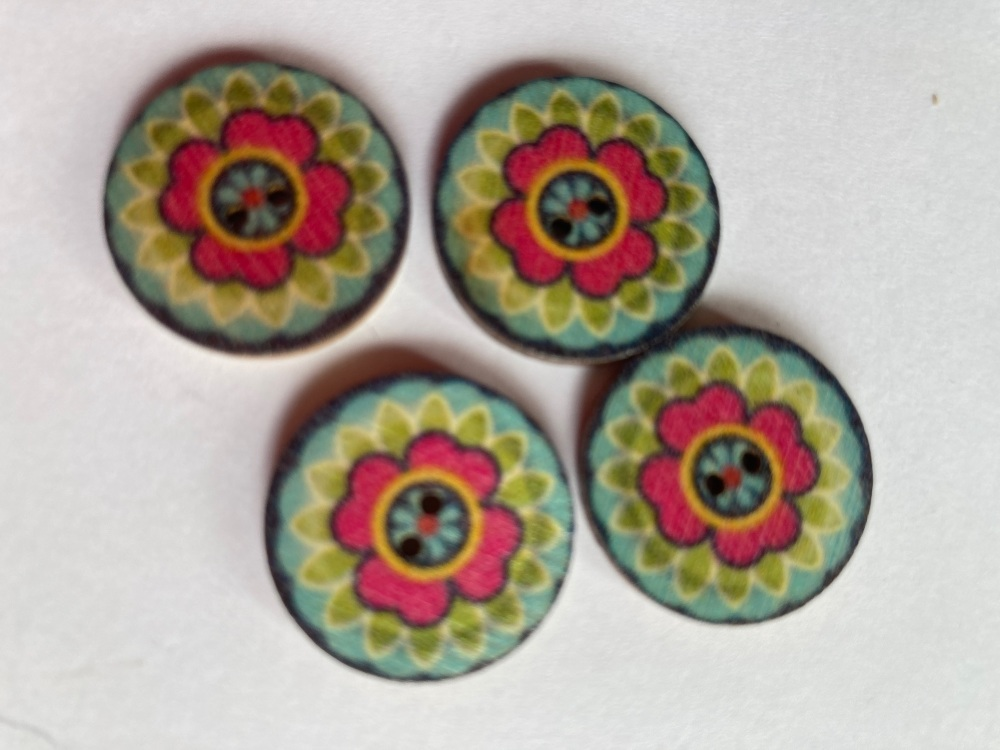 Wooden Buttons 15mm (Pack of 8) WD24