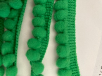 Green - Emerald Pom Pom Trim - 1 metre pack