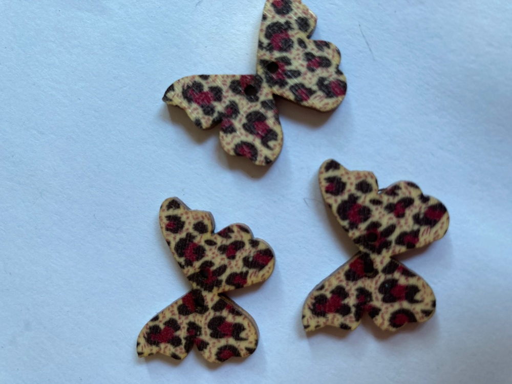 Butterfly Wooden Button 28x22mm (Pack of 6)BF10