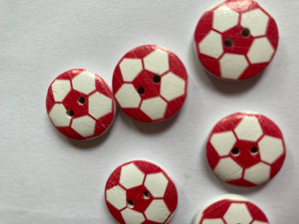 Football Wooden Button - Red 20mm  (Pack of 6)