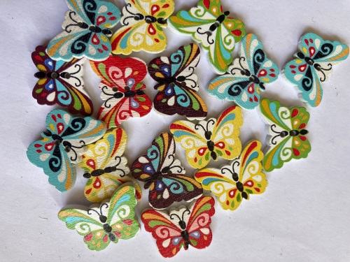 Mixed Butterfly Wooden Button  24x18mm (Random Pick-Pack of 16)