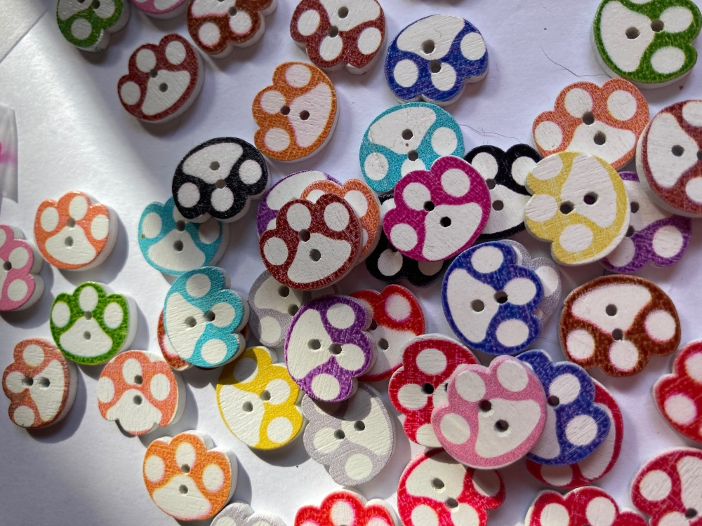 Paw Wooden Buttons 15x13mm Random Mix (Pack of 12)
