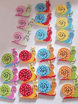 Snail Buttons 22x20mm - Random Mix - Pack of 8 MX22