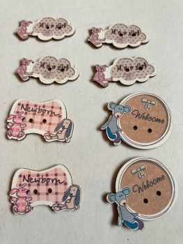 Baby Buttons / Embellishments Pack of 8 AB18