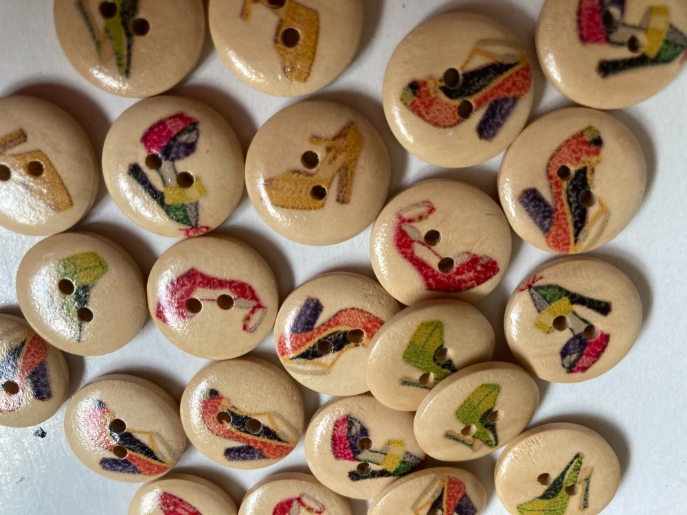 Shoes Wooden Buttons 18mm -Random Mix-  Pack of 8 DW11