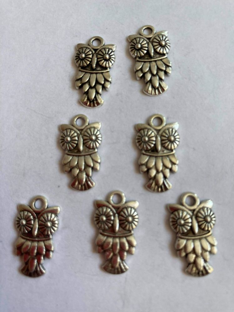 Owl Charms  (Pack of 6 ) CH79