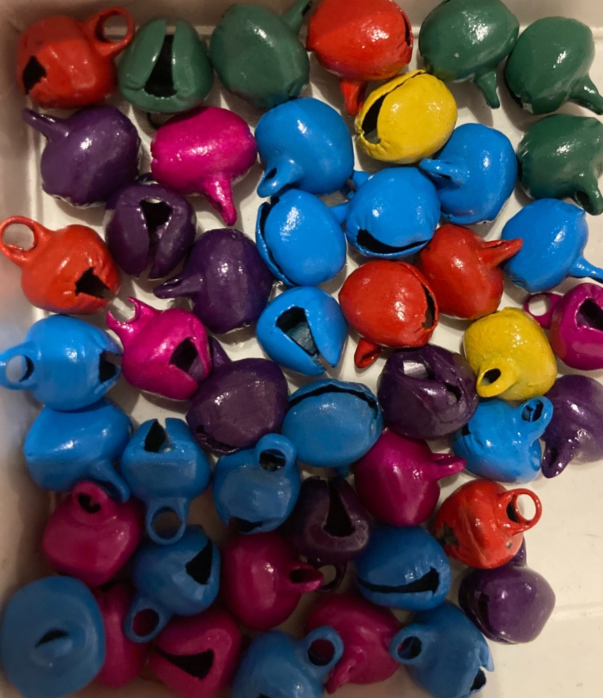 Bells - Random Mix 10mm approx  (Pack of  16) BL10
