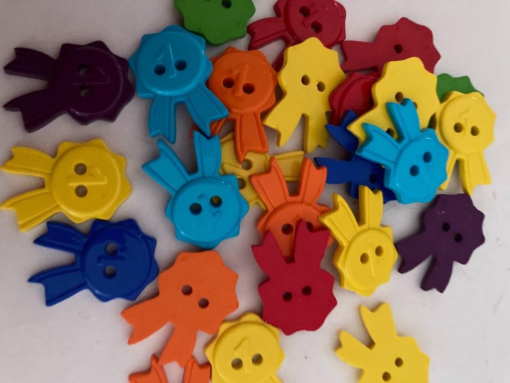 School Collection- Buttons / Embellishments Rosette  (8 pack) Random Mix SC