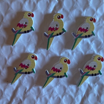 Parrot Wooden Button - 35x20mm (Pack of  6 as shown) PR03