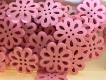 Flower Wooden Button - 20mm Pink  (Pack of 6) RH33