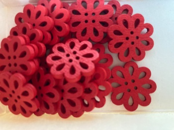 Flower Wooden Button - 20mm  Red (Pack of 6) RH34