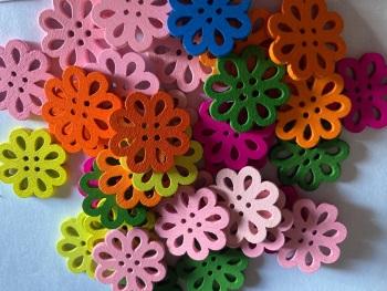 Flower Wooden Button - 20mm  (Pack of 8) Random Mix RH40