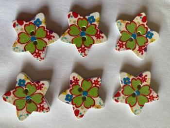 Flower Pattern Wooden Star Buttons  25mm (Pack of 6) RH46