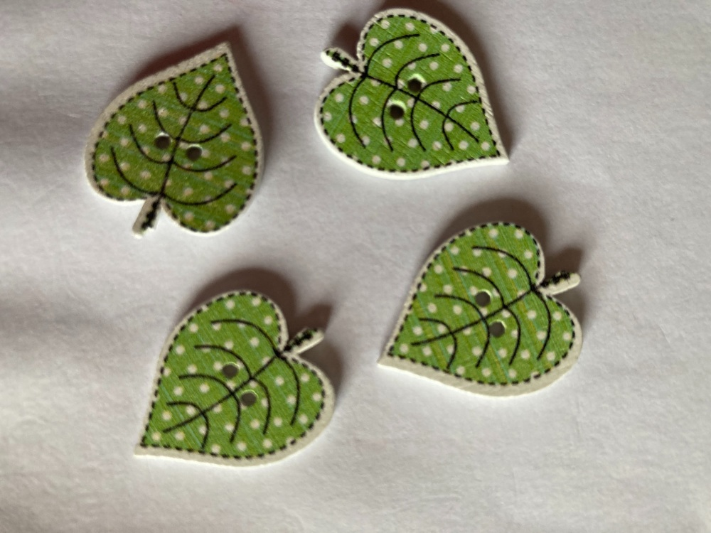Leaf Wooden Button - Green  18x24mm (Pack of 8) RH49