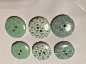 Mixed Pack Wooden Buttons 18mm ( Pack of 6) JC04
