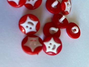 Star Buttons - Red 14mm  Pack of 10