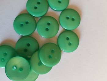 Green Buttons 15mm (Pack of 12) LY44