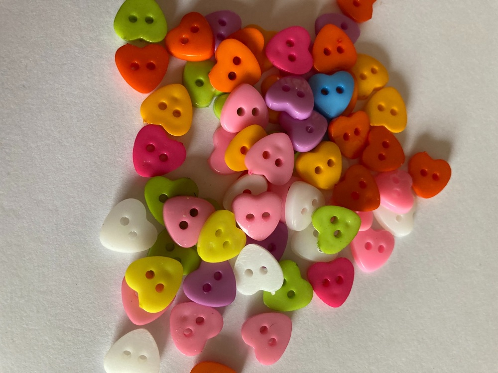 Mixed Heart Button 13mm (Pack of 15) HR13