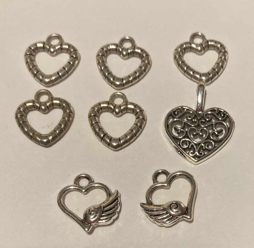 Heart Charms (Pack of 8)
