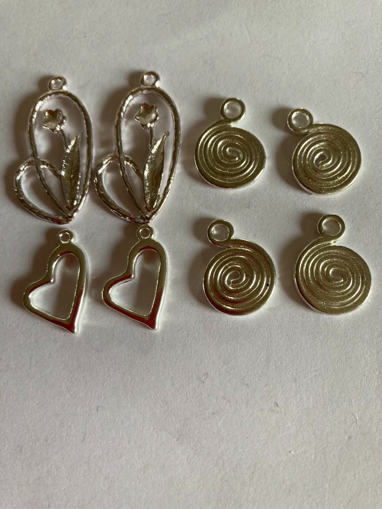 Heart / Swirls /Flower Charms (Pack of 8) CH212