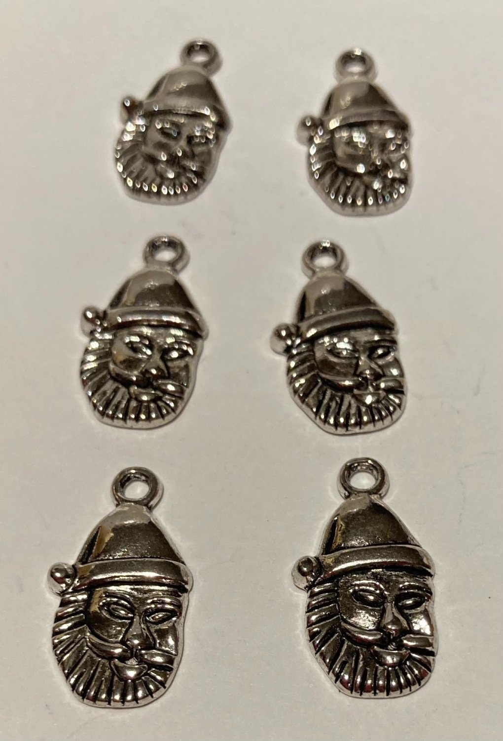 Santa Face Charms (Pack of 6) CH201