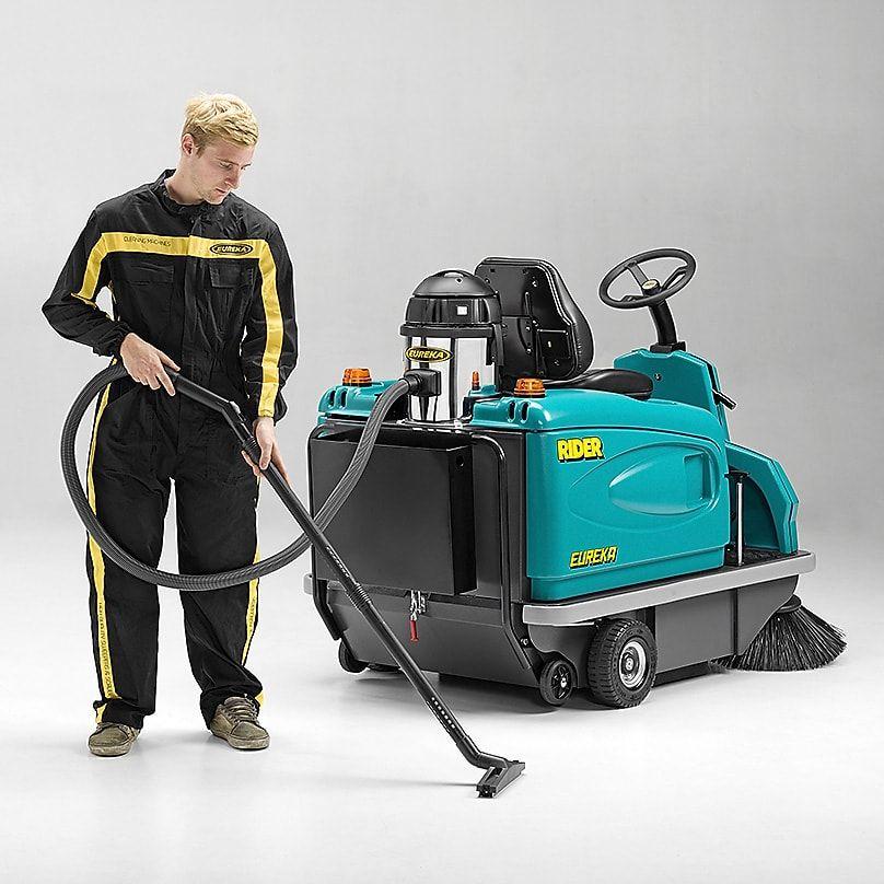 rider-onboard-vacuum