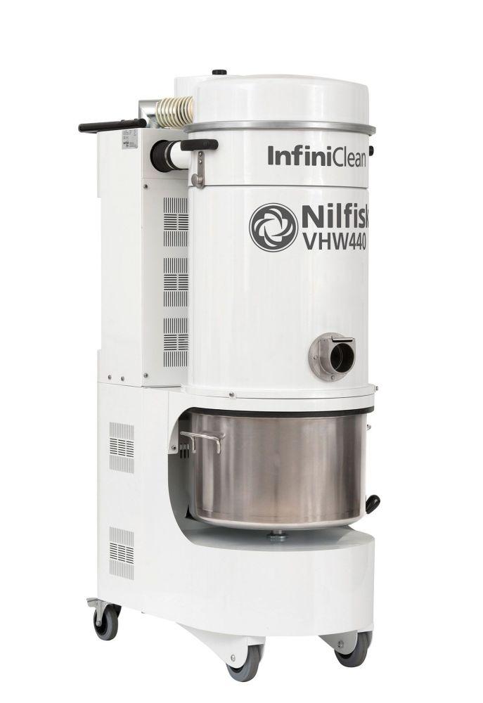 Nilfisk VHW 440 Industrial Vacuum