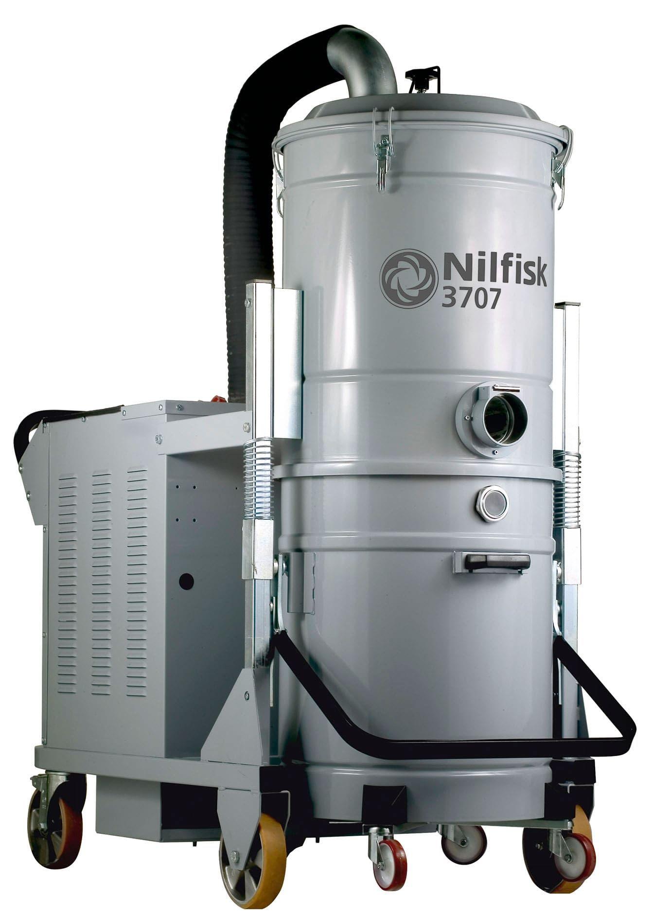Nilfisk 3707 Industrial Vacuum