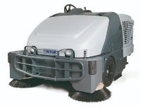 Nilfisk SW 8000 Sweeper