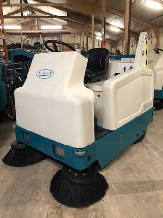 Refurbished Tennant 6200 Sweeper