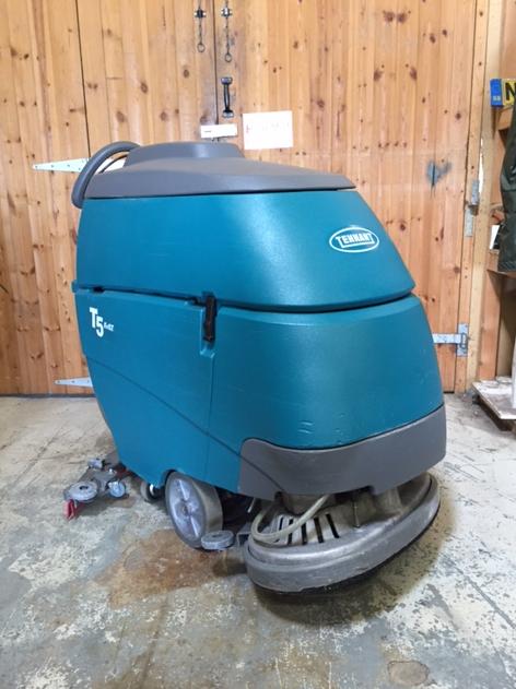 Tennant T5 Scrubber Dryer