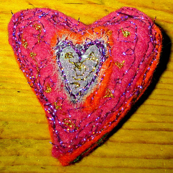 Pink-blue heart brooch