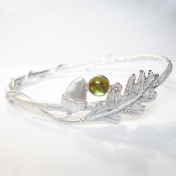 Oak leaf and acorn with Peridot