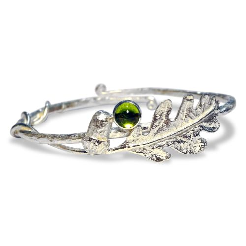 Oak leaf and Acorn bracelet with Peridot