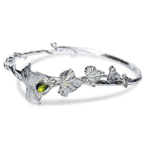 Ivy Leaves bracelet with 6mm x 4mm Peridot