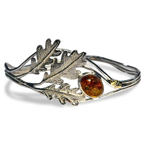 Oak leaf and Acorn bracelet with Amber