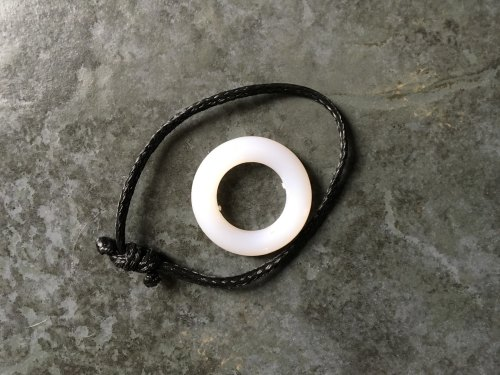 plastic tie ring to attach to your haynets to reduce damage to nets