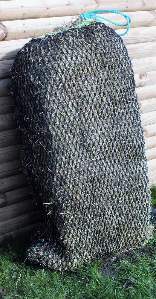 25mm mesh full bale net (measured knot to knot)  preorder only