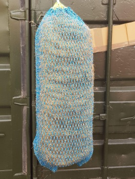 25mm mesh full bale net (measured knot to knot) HEAVY DUTY