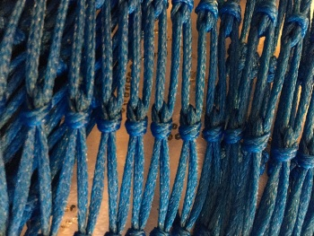 4.5ft hay bag 35mm mesh made with 3mm blue twine