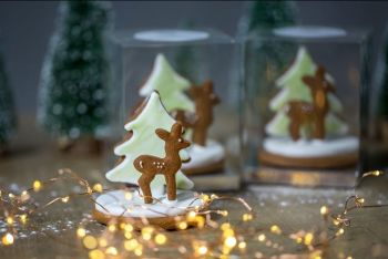 Fawn & Tree Gingerbread biscuits