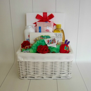 Baby Essentials Hungry Caterpillar Unisex Hamper
