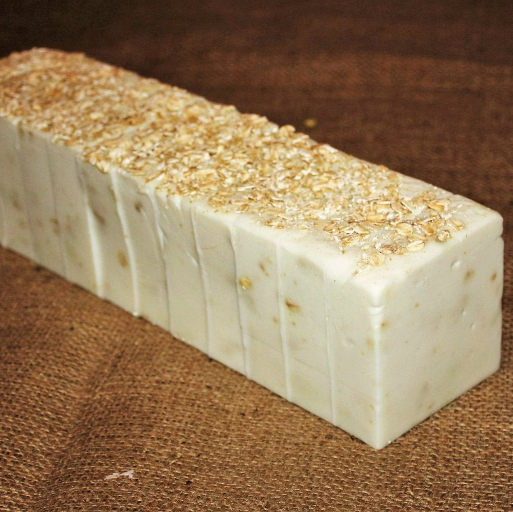 Oats Goats Soap Loaf (Almond & Pistachio)