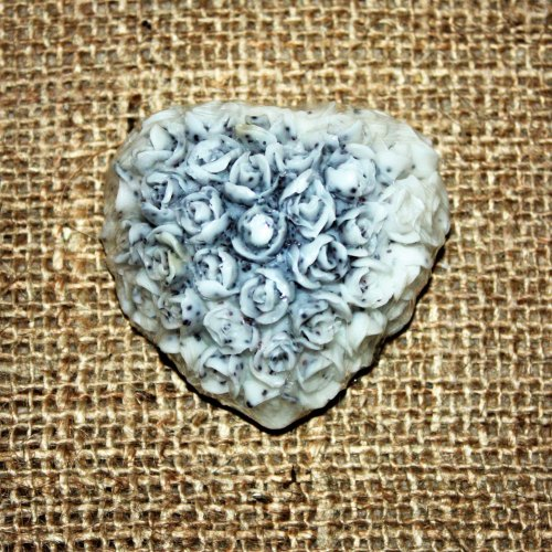 Luxury Baby Powder Poppeyseed Heart